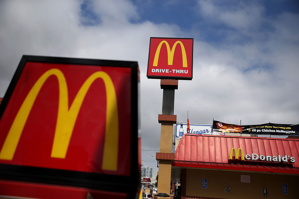 McDonalds lowers drink prices in effort to lure in customers